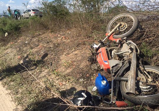 colisão-entre-moto-e-carro-na-ba-120