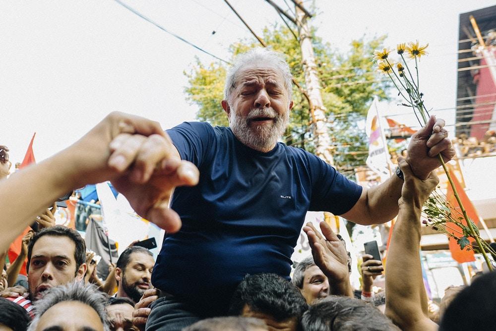 Lula-chorando-Credito-Coletivo-Farpa-1523391281