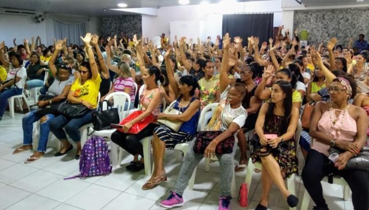 750_educacao-feira-de-santana-rede-municipal-greve_201938175557887