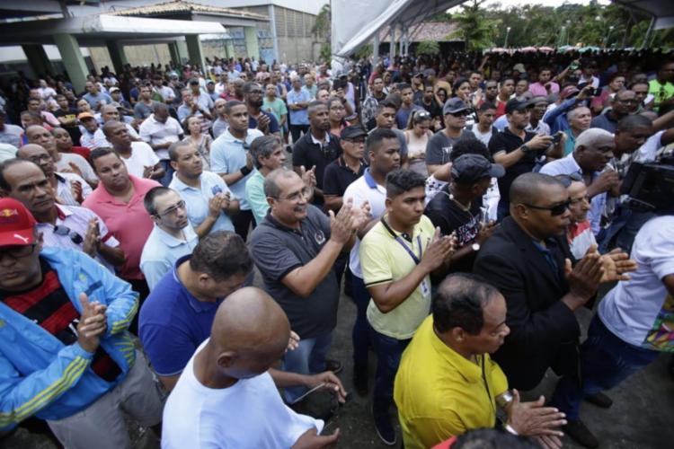 750_policiais-militares-greve-assembleia_2019911175633393