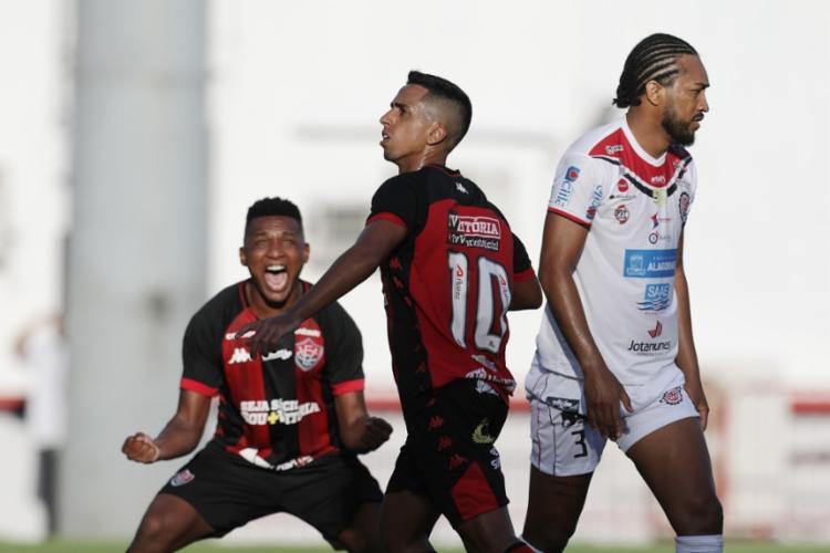 750_ecvitoria-baiano-futebol-esporte_2020215183028320