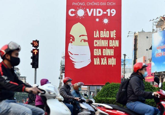 Vietnam-reabre-close-696x487